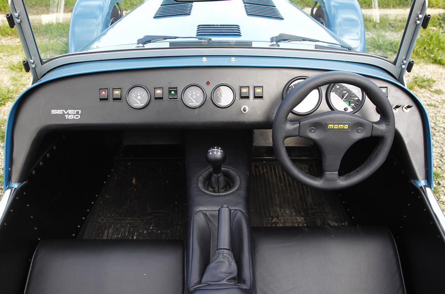 Caterham Seven 160 dashboard