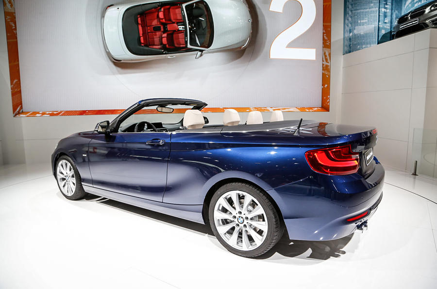 BMW reveals 2-series convertible