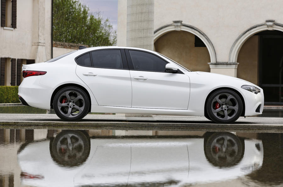 Alfa Romeo Giulia side profile