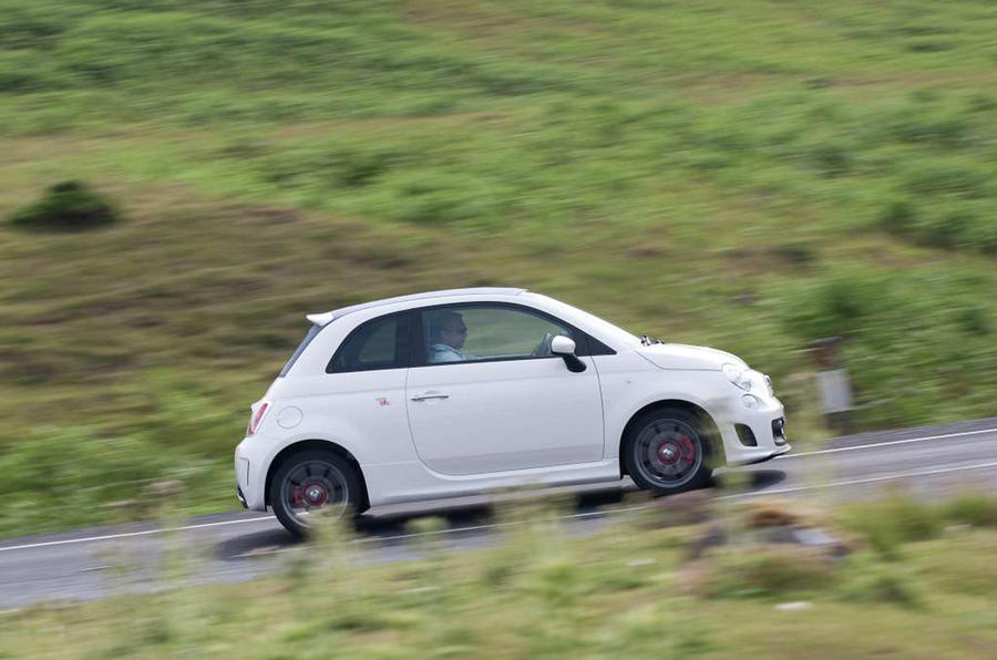 Abarth 595 side profile