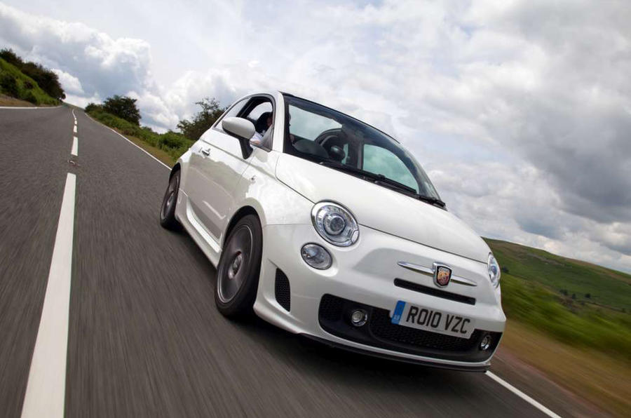 Abarth 595 Review (2018) | Autocar