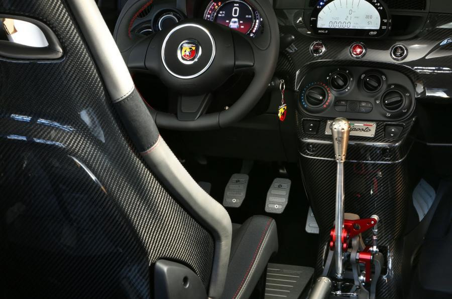 Fiat Abarth 695 dashboard