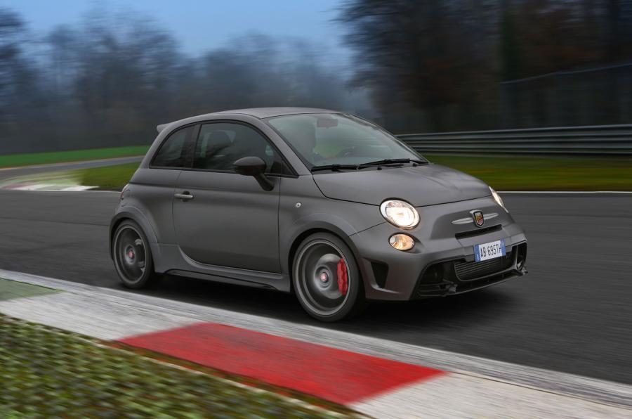 £32,990 Fiat Abarth 695 Biposto
