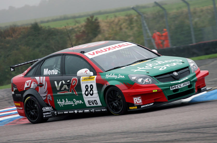 Alain Menu set to compete in 2014 British Touring Car Championship