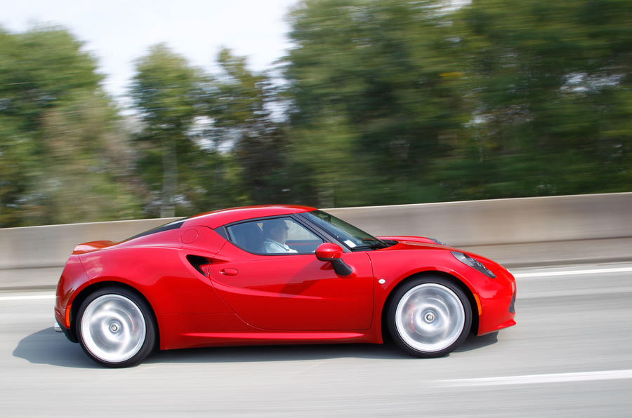 Supercar looks of the Alfa 4C