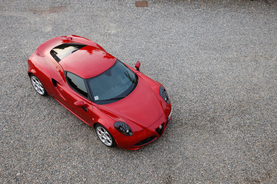 1100kg kerb weight for Alfa 4C