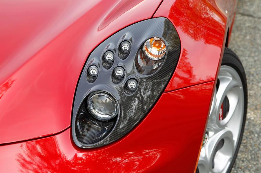 Distinctive Alfa Romeo 4C's headlights