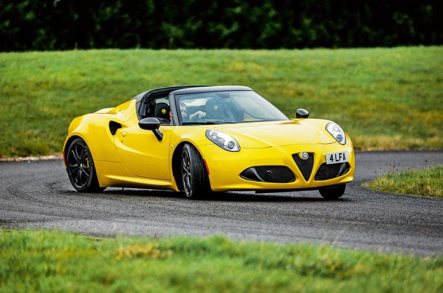 Alfa 4C Spider hard cornering