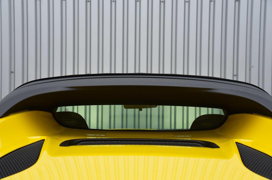 4C Spider rear window