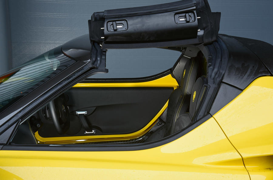 4C Spider folding roof