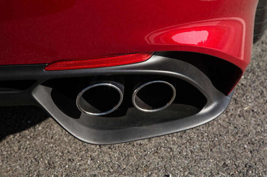 Alfa Giulia Quadrifoglio twin exhaust