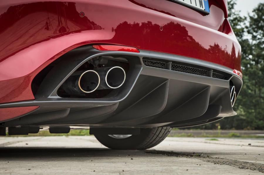 Alfa Romeo Giulia Quadrifoglio quad-exhaust system