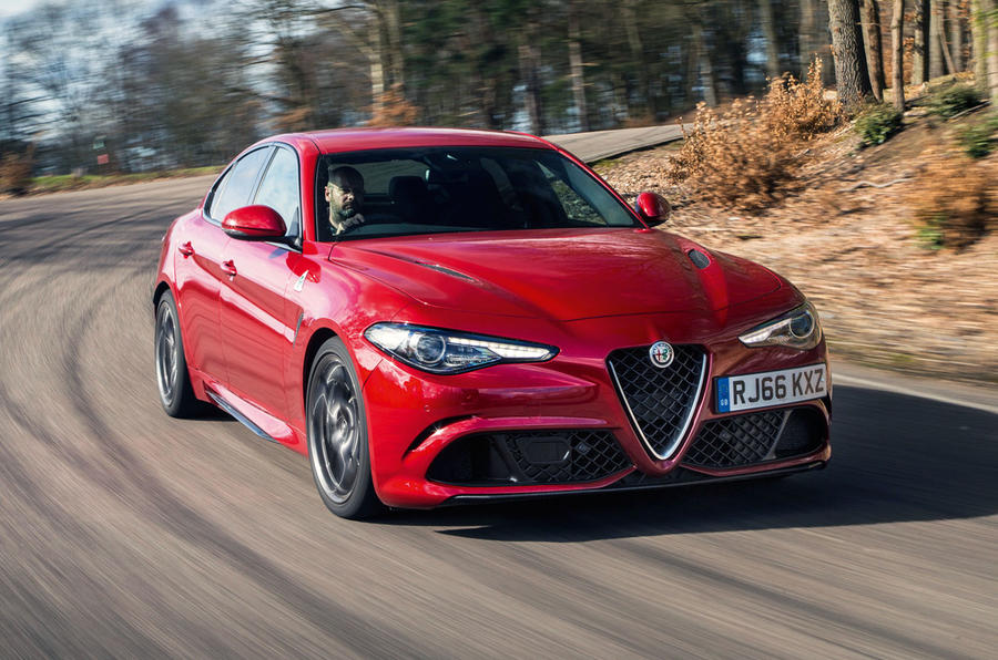 alfa romeo giulia quadrifoglio review 2017 autocar. Black Bedroom Furniture Sets. Home Design Ideas
