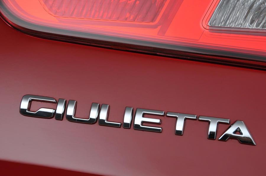 Alfa Romeo Giulietta badging