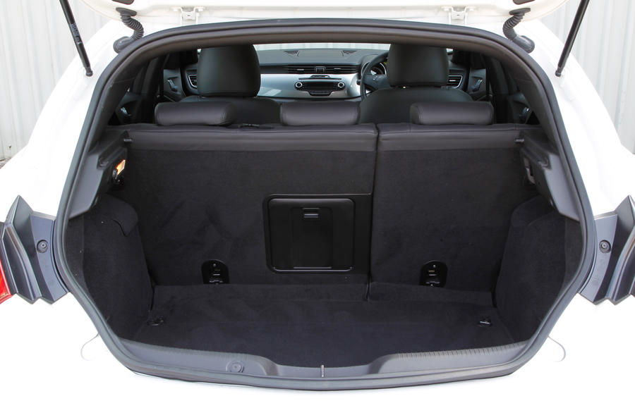 Rear seats in the Alfa Giulietta