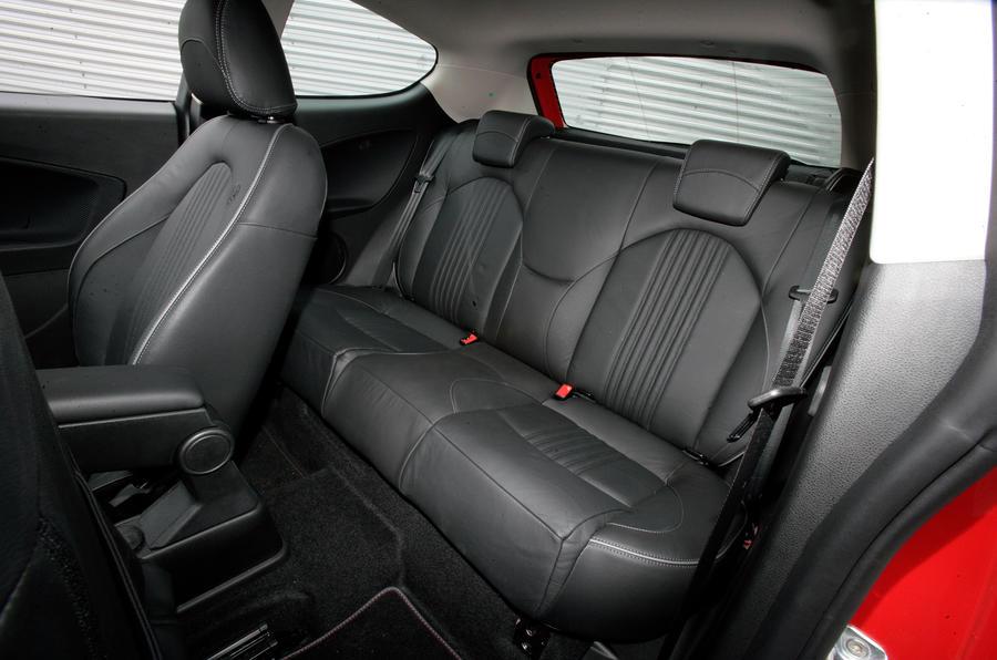 Rear seats in the Alfa Mito
