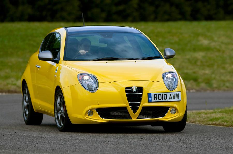 Alfa Romeo Mito Cloverleaf cornering