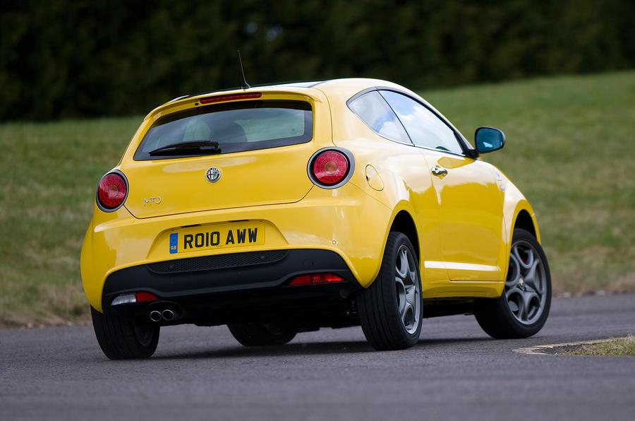 Alfa Romeo Mito Cloverleaf rear cornering