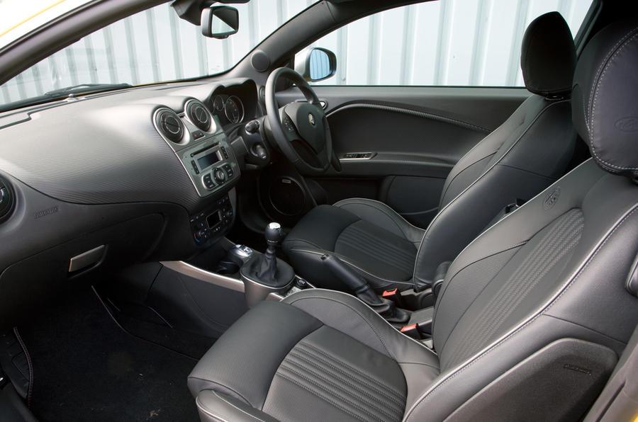 Alfa Romeo Mito Cloverleaf interior
