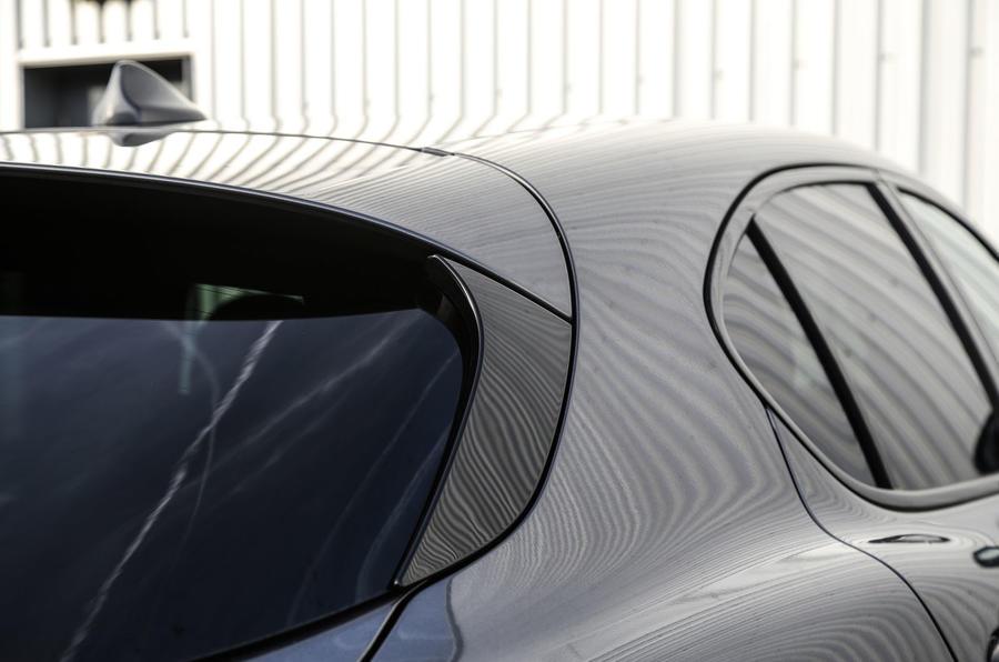 Alfa Romeo Stelvio rear spoiler