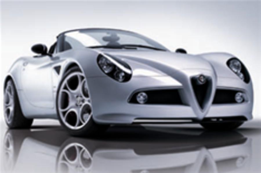 Alfa 8C drops its top