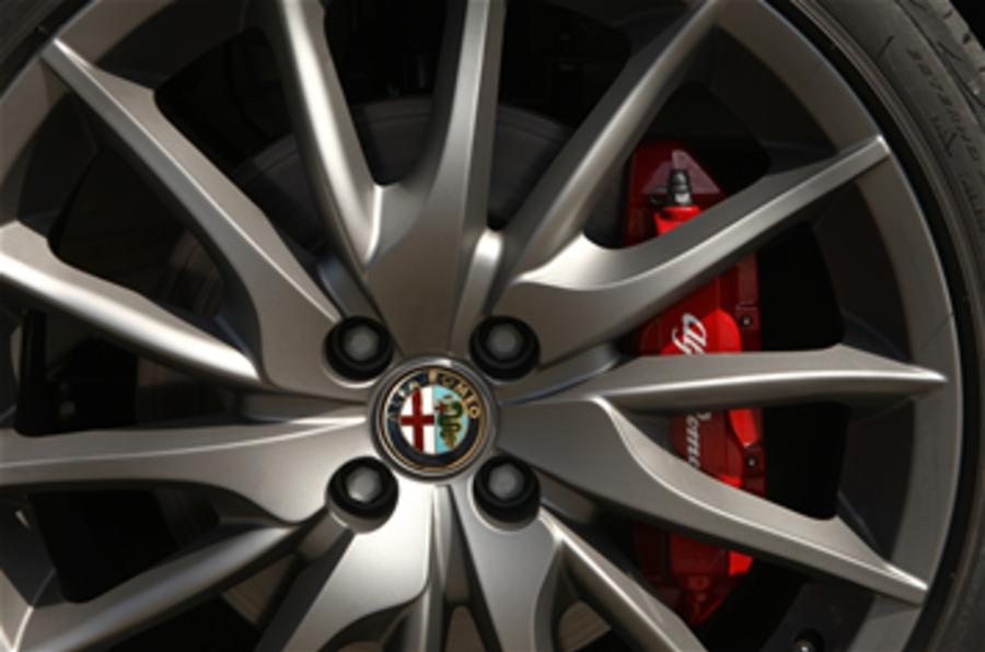 Chrysler to build Alfas and Fiats
