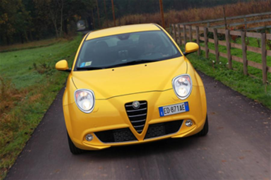 Fiat boss: 'Hands-off Alfa'