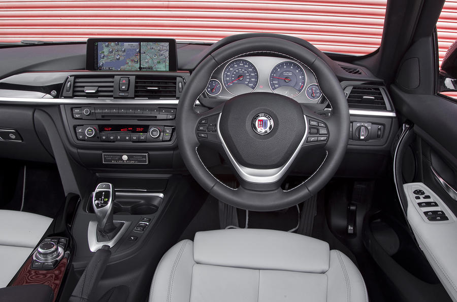 Alpina B3 Biturbo's interior