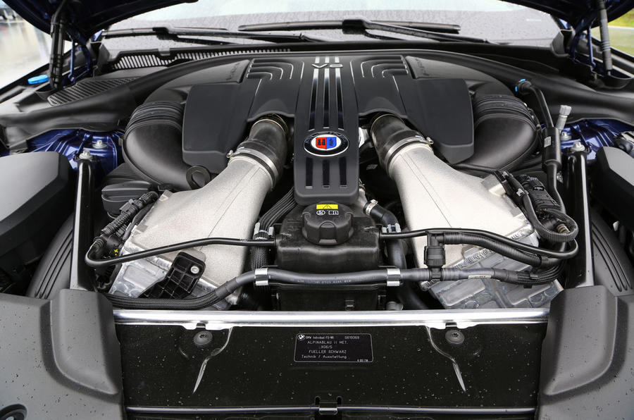 4.4-litre V8 Alpina B5 petrol engine