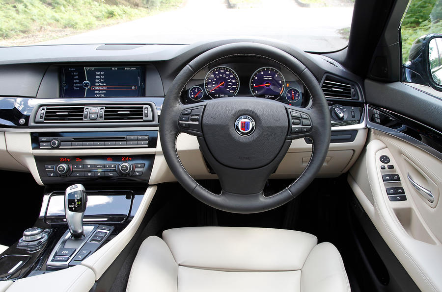 Alpina D5's interior