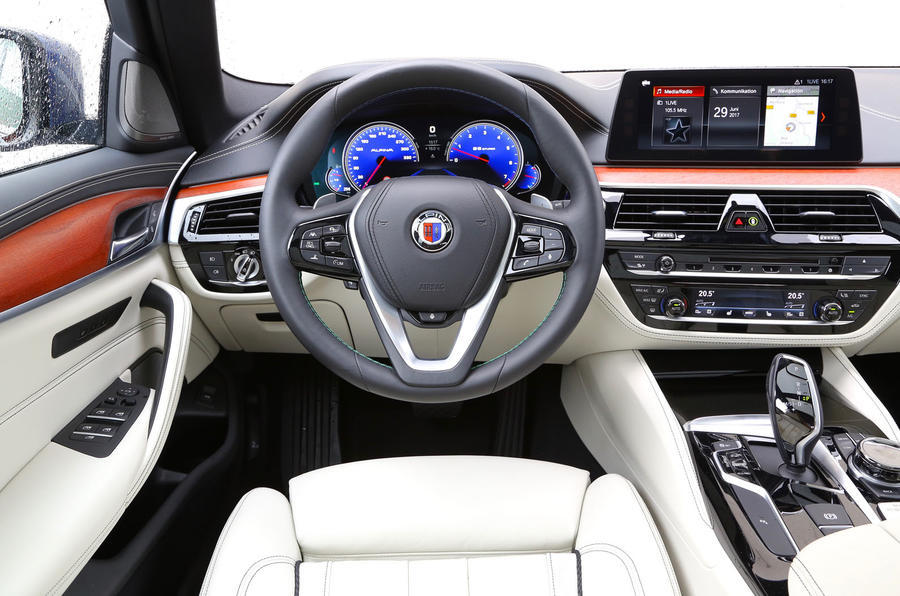 Alpina B5 dashboard