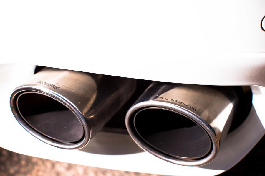Alpina B6 Biturbo's quad-pipe exhaust