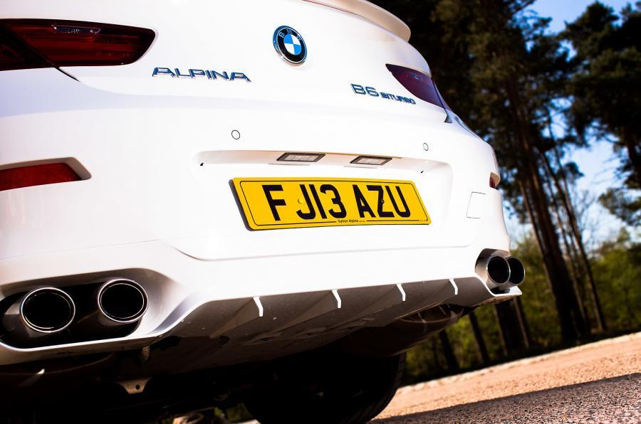 The aggressive Alpina B6 rear end