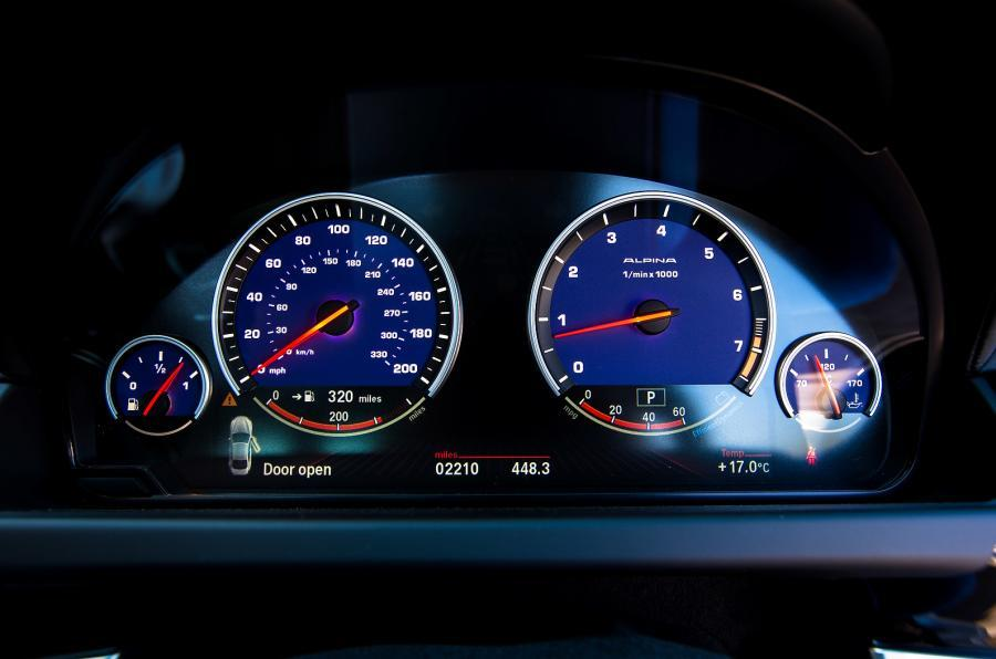 Instrument cluster on Alpina B6 Biturbo