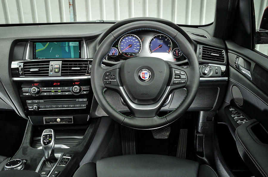 Alpina XD3's dashboard