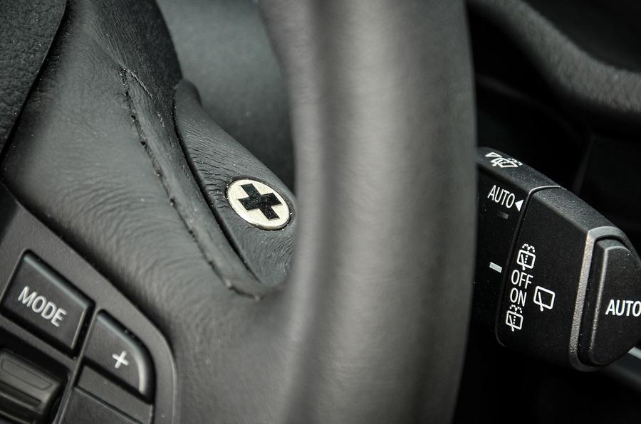 Manual controls on Alpina XD3