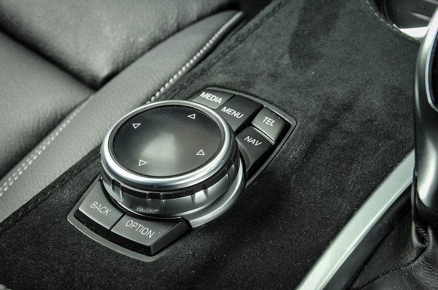 Alpina XD3 iDrive controls
