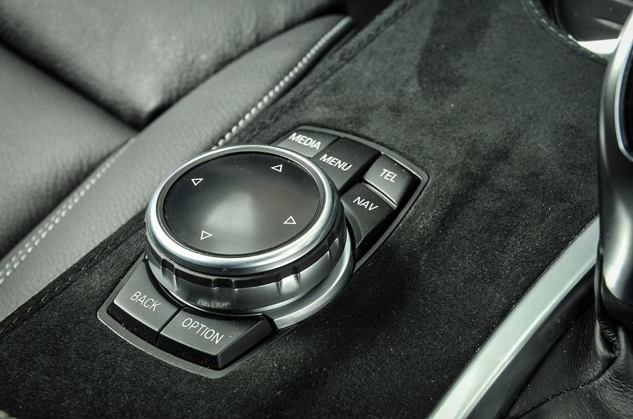 Alpina XD3 iDrive controls