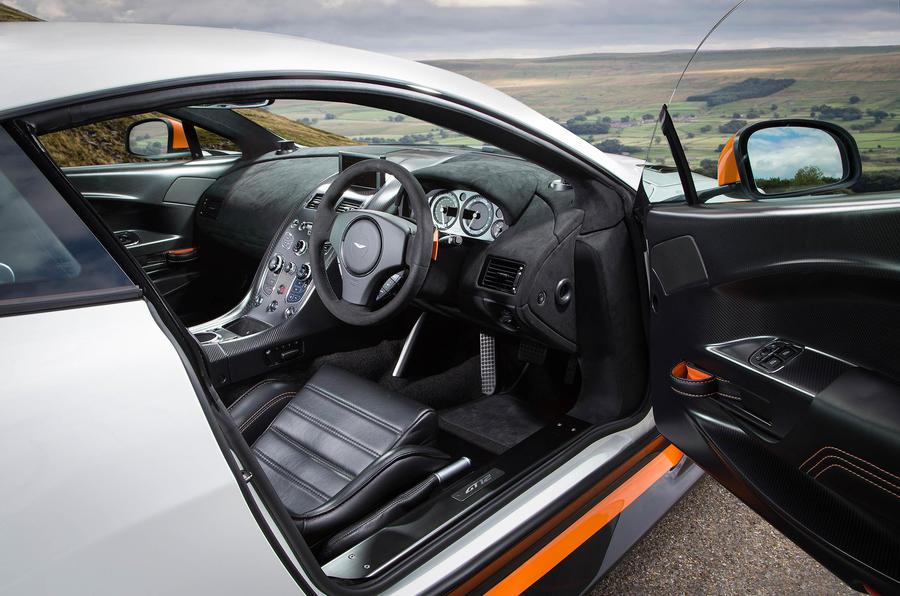 Aston Martin Vantage GT12 interior