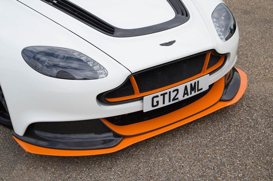 Aston Martin Vantage GT12 front splitter