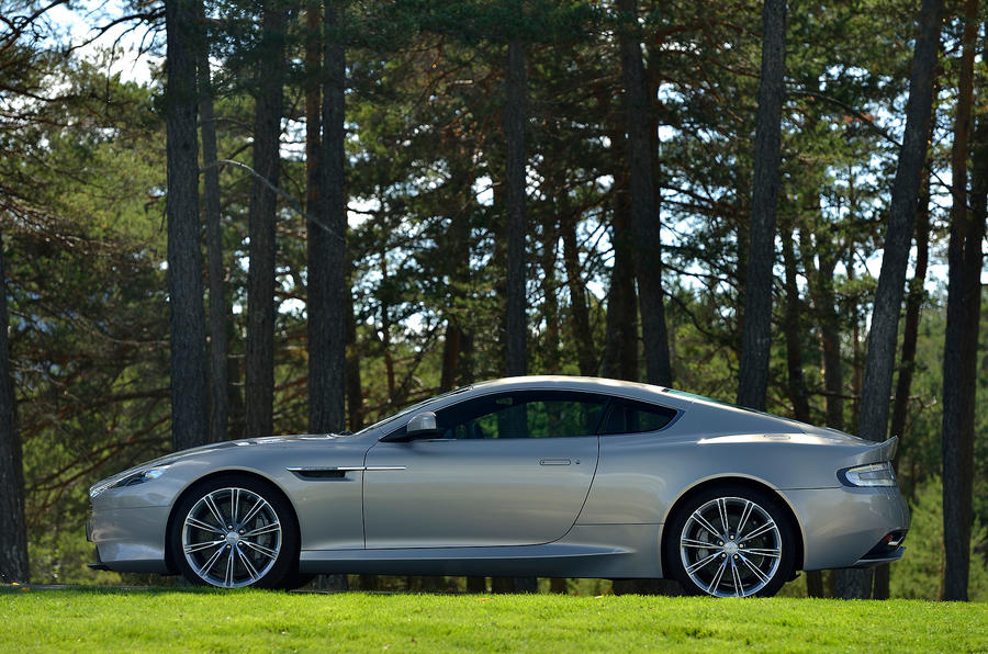 Aston Martin DB9 side profile