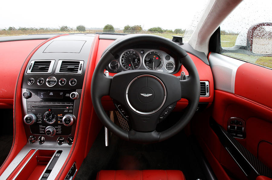 Aston Martin DB9 dashboard