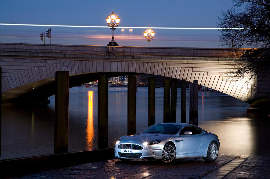 4 star Aston Martin DBS