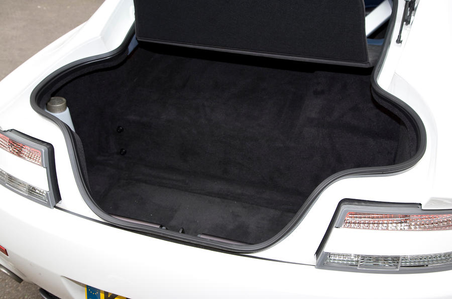 Aston Martin V8 Vantage boot