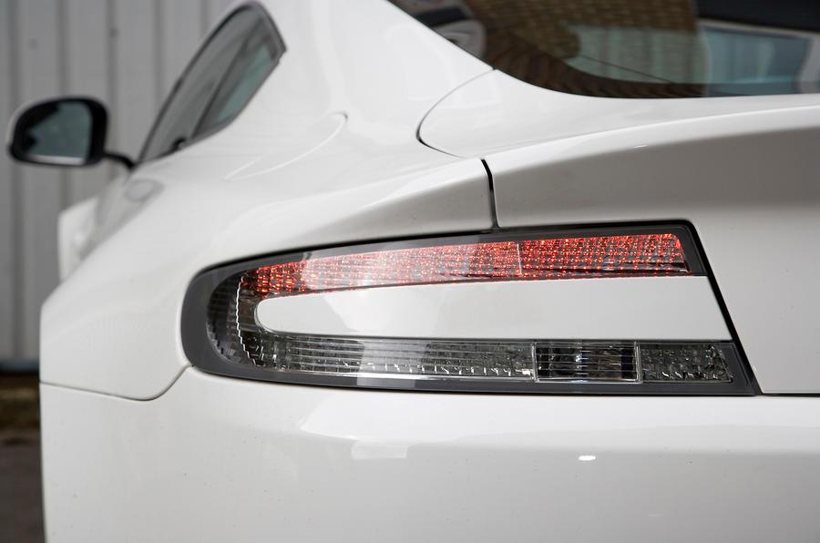 Aston Martin V8 Vantage rear lights