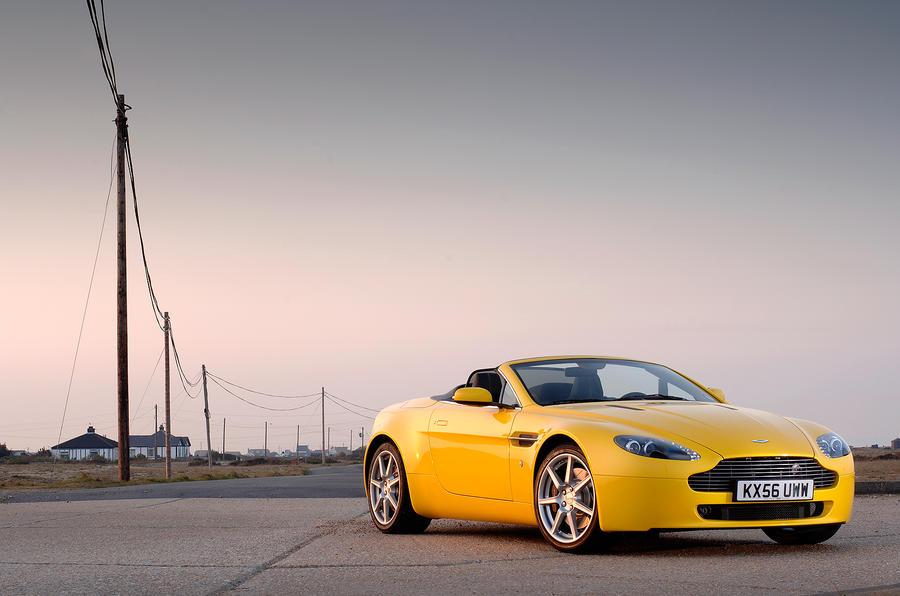Four star Aston Martin V8 Vantage Roadster