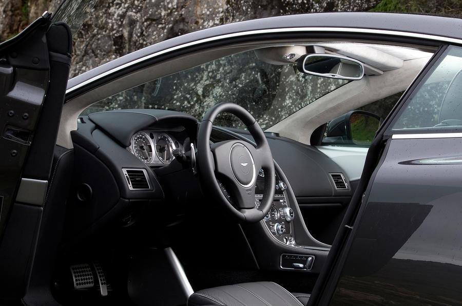 Aston Martin Virage's interior