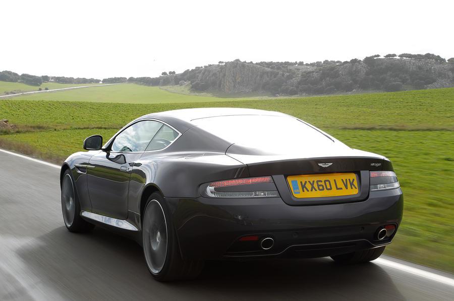 Aston Martin Virage's rear lights