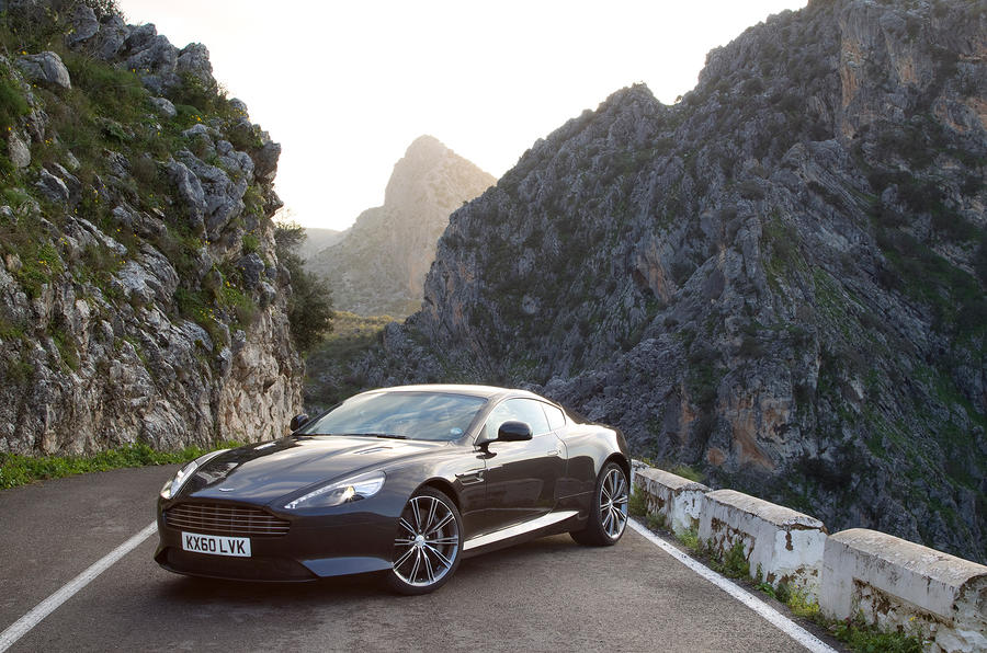 3.5 star Aston Martin Virage