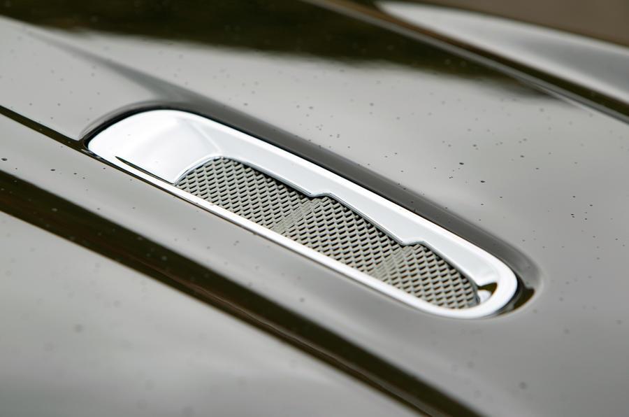 Aston Martin Virage bonnet vents